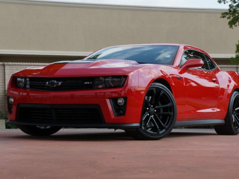 2013 Chevrolet Camaro Z71, 6.2L 580hp! 6 Speed!! ONLY 8K MILES for sale