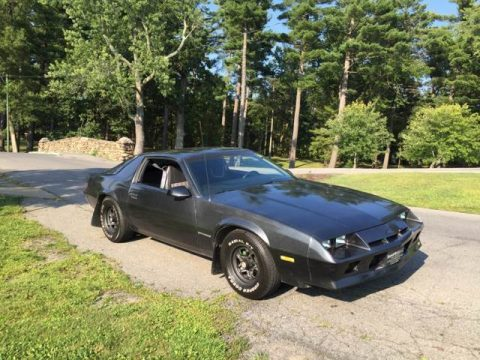 BEAUTIFUL 1984 Chevrolet Camaro V6 for sale