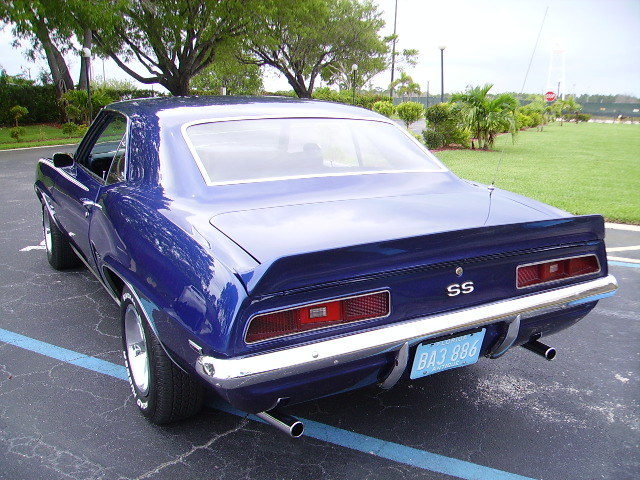 beautiful 1969 Chevrolet Camaro 350 4 Speed