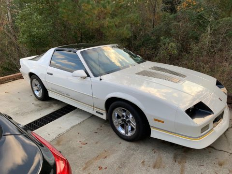 needs TLC 1989 Chevrolet Camaro IROC Z for sale