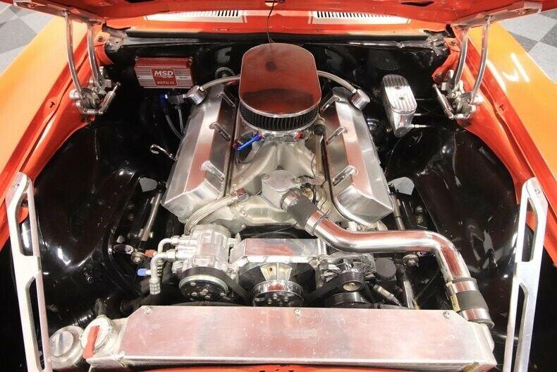 Restomod 1968 Chevrolet Camaro Z/28