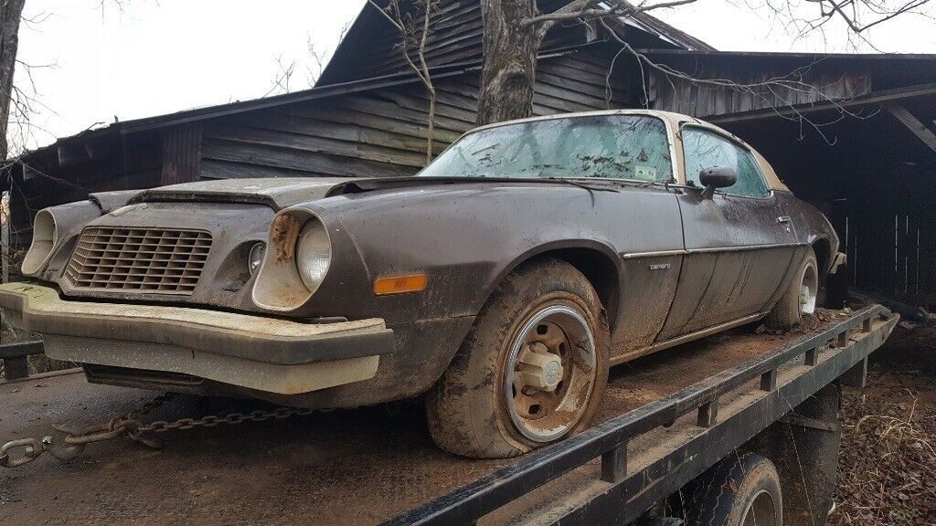 barn find 1975 Chevrolet Camaro